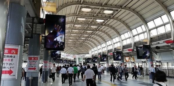 品川駅の中央通路