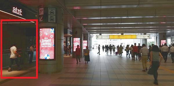品川駅の港南口(東口)のロッカーの場所