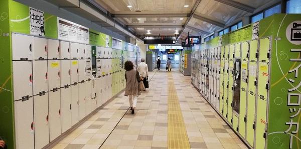 品川駅の構内、改札内ロッカー(エキュート品川サウスの方)