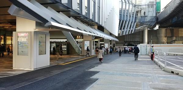 渋谷駅東口(スクランブルスクエア前)