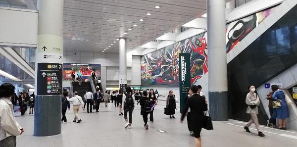 渋谷駅の構内通路(京王井の頭線)